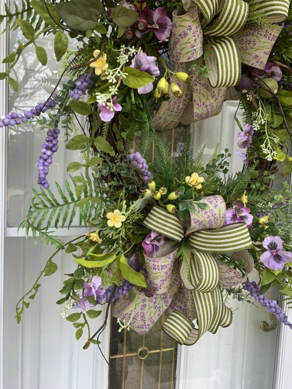 Pansy & Plum Wreath Detail